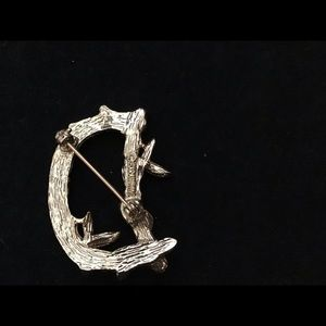 Sarah Coventry Jewelry - Vintage Sarah Coventry D Branch Brooch